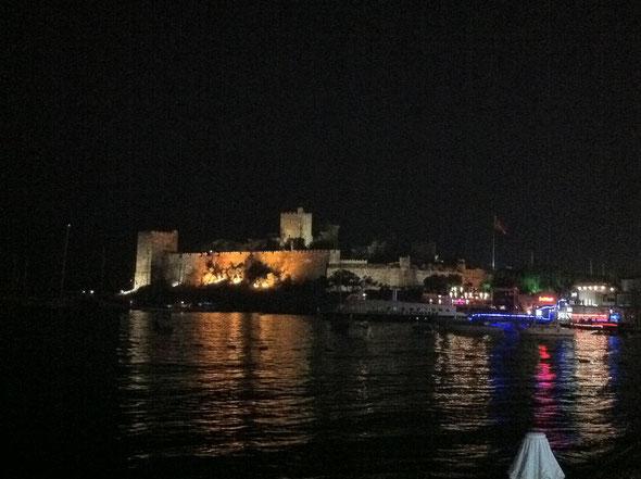 St. Peter bei Nacht