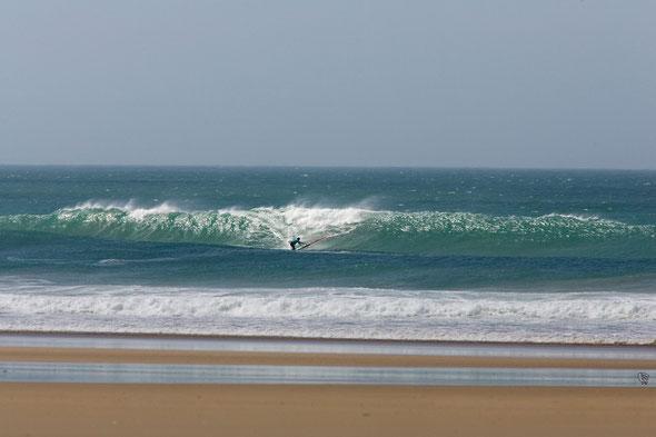 Sud 1à à 20 noeuds, 2,5m 13s et coef de 100 marée basse.Photo Pascal Bulot.