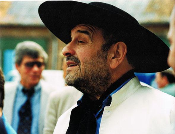Carlos J. Santillán