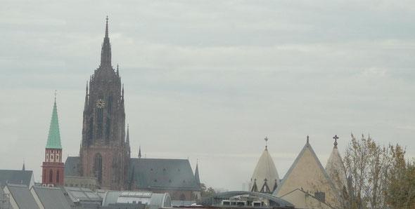 v.l.n.r.: Alte Nikolaikirche, Dom, St. Leonhard