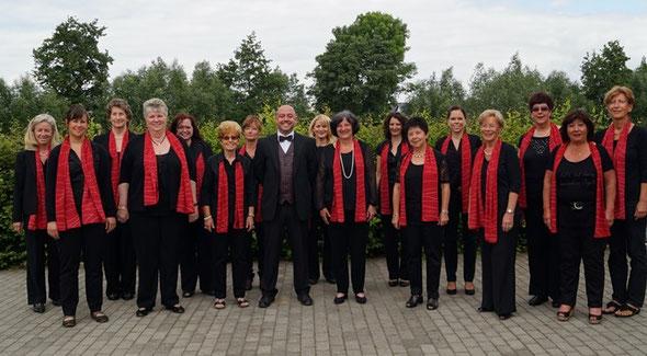 Der Frauenchor der Concordia Niedergründau im Juni 2014