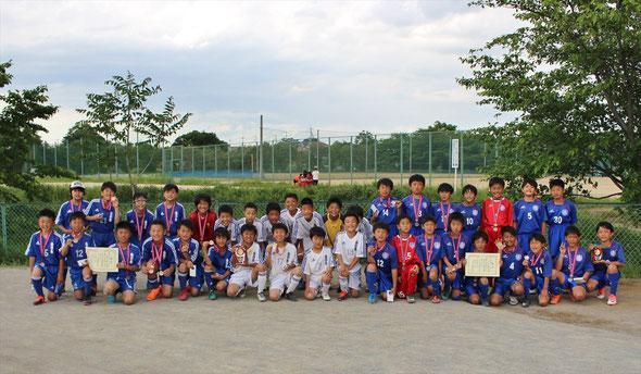 2018.5.4 上尾新緑杯Bクラス 向日市さんとの集合写真 平方スポーツ広場