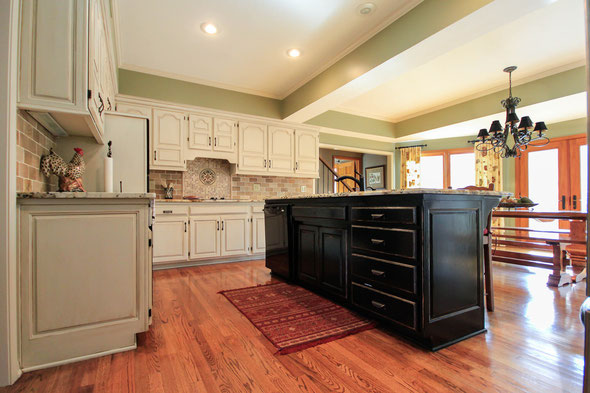 Kansas city cabinet refinishing faux finishing faux wood for Best way to line kitchen cabinets