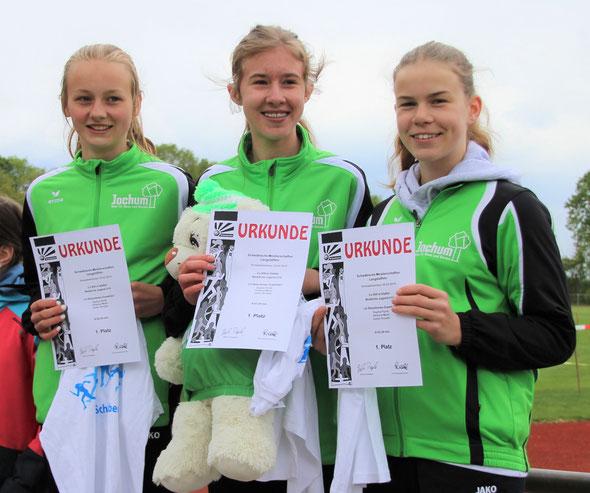 Gewannen den Meisterschaftstitel über 3x800-Meter der Kreismeisterschaften und Schwäbischen Meisterschaften: Johanna Maier, Joelyn Kropka und Sophia Pyrlik