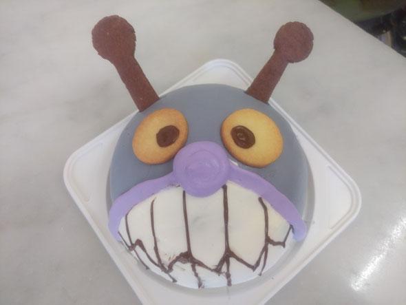 バイキンマンケーキ