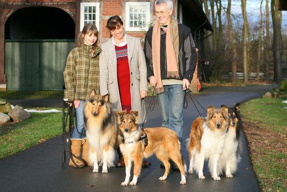 v.li. Aidan, Boots, Meggy, Klara während unseres Spaziergangs
