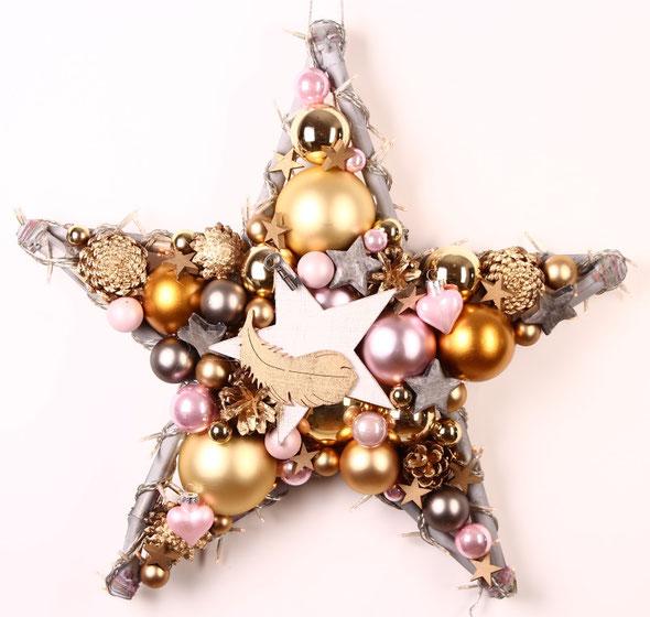 Zeitloser, handgefertigter Stern in grau - rosa und gold, mit eingearbeiteter Lichterkette.