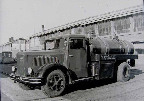 Camion dans l'Usine Fouga à Béziers