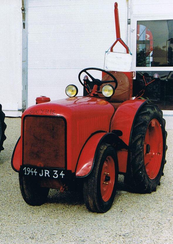 Tracteur Souyris de l'association Lou R.E.C. exposé à Dionysud  de Béziers