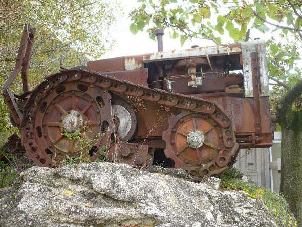 """Photo d'un autre tracteur Vidal en Ardèche, photo sur le forum """" Tracteurs et motoculteurs d'Antan"""""""