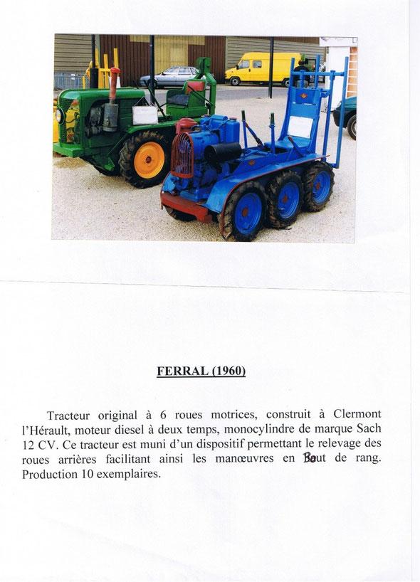 Tracteur Feral aux côtés d'un Rouquier à une exposition de Dionysud de Béziers