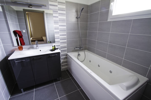 salle de bain chambre service plus