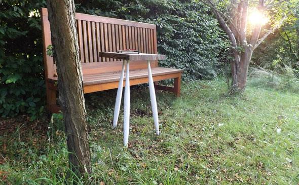 Schreibplatz im Garten