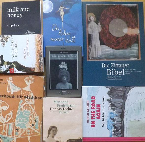Büchercollage Mai
