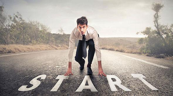個人で起業する方法とは?個人事業主のメリットやデメリットを紹介!