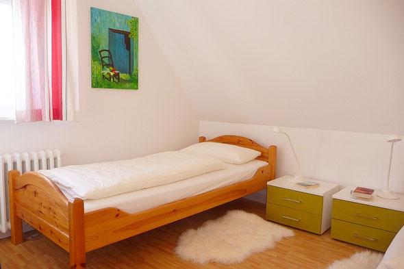 80 qm f r 2 bis 4 personen im obergeschoss reetdachhausweber. Black Bedroom Furniture Sets. Home Design Ideas