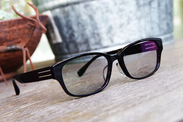 HOYA BOOM遠近両用調光レンズで作成、O様のメガネ