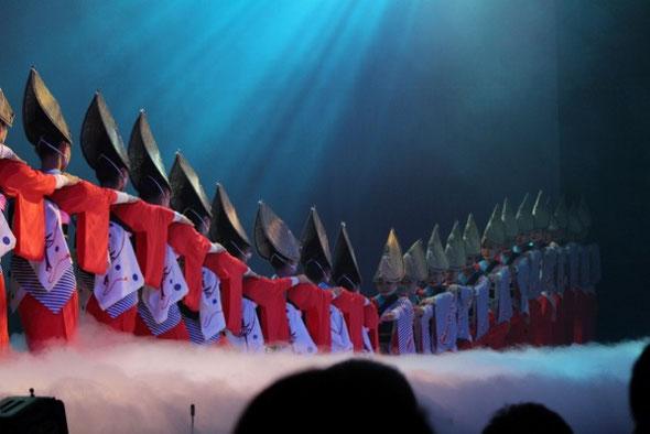 NO.9 整列の中に綺麗さの徳島阿波踊り