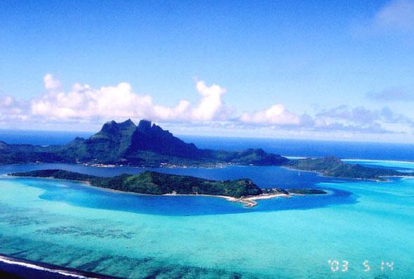 NO.1 南太平洋ボラボラ島全景空撮