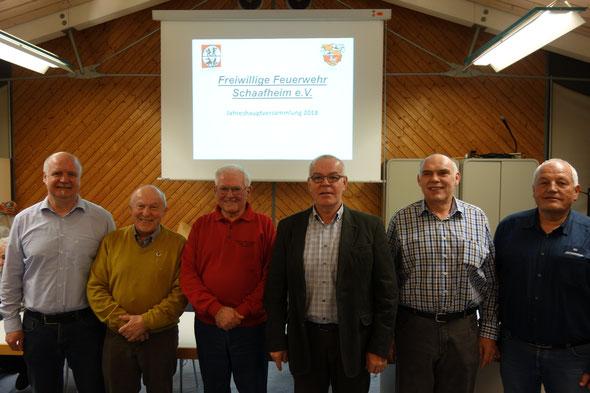 Die Vereinsehrung erhielten Norbert Kreh, Wolfgang Rosewsky, Bernd Roth und Eduard Höreth