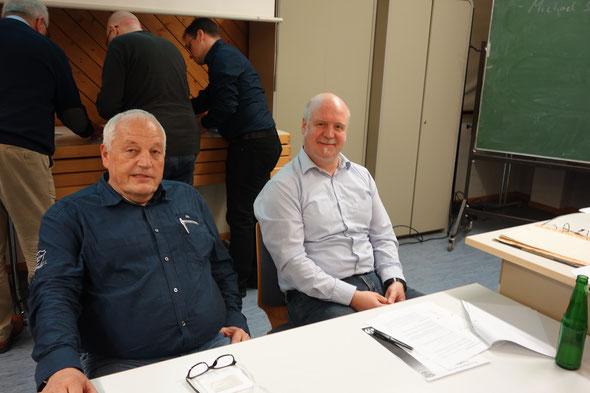 Thomas Krapp gibt den 2. Vorsitzenden ab. Arnd Keller wird in geheimer Wahl einstimmig zum 1. Vorsitzenden wiedergewählt.