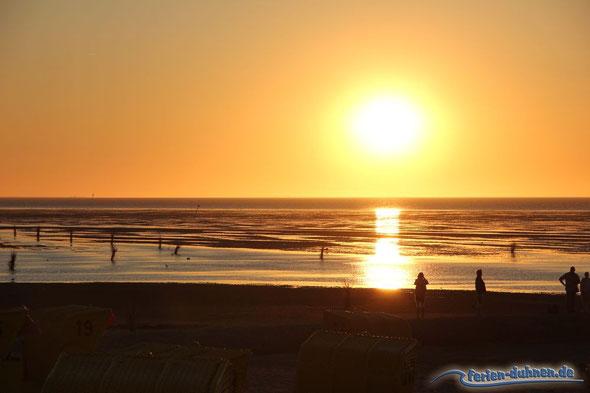 Sonnenuntergang am Strand von Duhnen