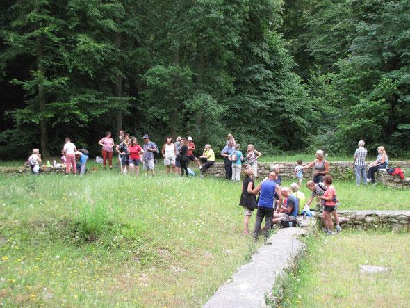 barbecue  :  aux ruines Gallo Romaines  - pause  bien  méritée