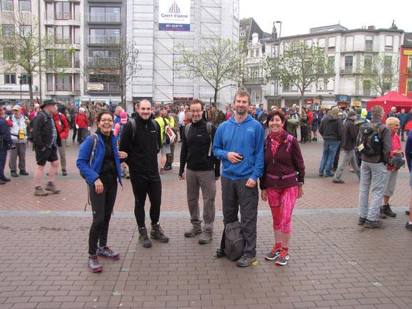 BLANKENBERGE  2017 :  1er jour  au départ .           2 jours = 2 marathons .