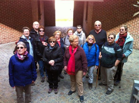 Cramoisy  - le  16 mars  2015 - Petit détour sur le chemin  pour admirer la verriére  EIFFEL .