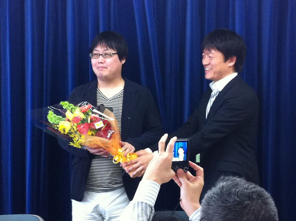 「NHK放送センター14階の記者クラブにて、発表会見」
