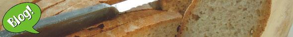Ecco il pane toscano. / Here's tuscan bread.