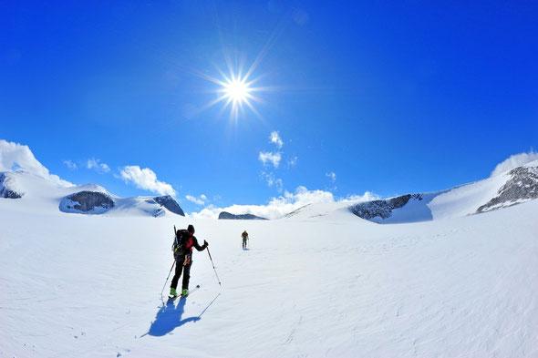 Unterwegs zum Galdhøppigen, dem höchsten Gipfel Skandinaviens. Jotunheimen/Norwegen.