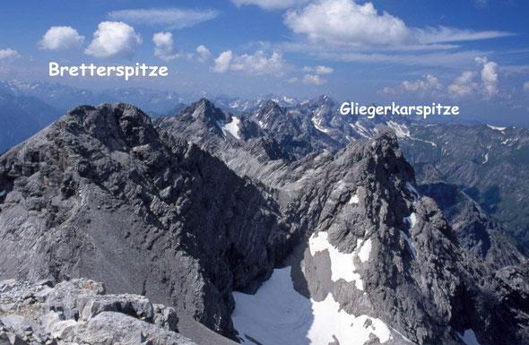 Blick von der Urbeleskarspitze nach Westen.