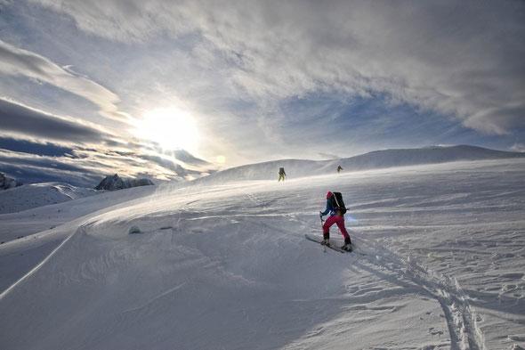 Eher das Bindeglied zwischen Skinnkollen und Keipen, aber trotzdem ein toller Berg - das Skarelvfjellet.