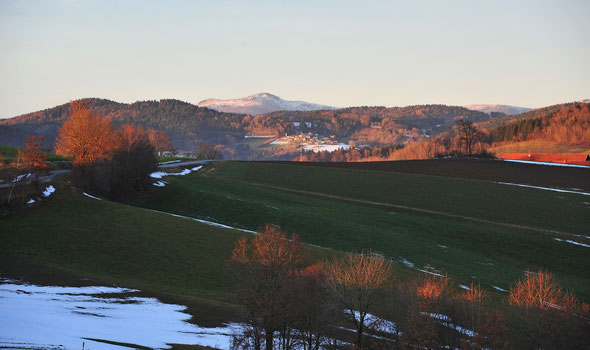 Die Rachel-Gipfel im letzten Sonnenlicht von Aschberg aus gesehen.