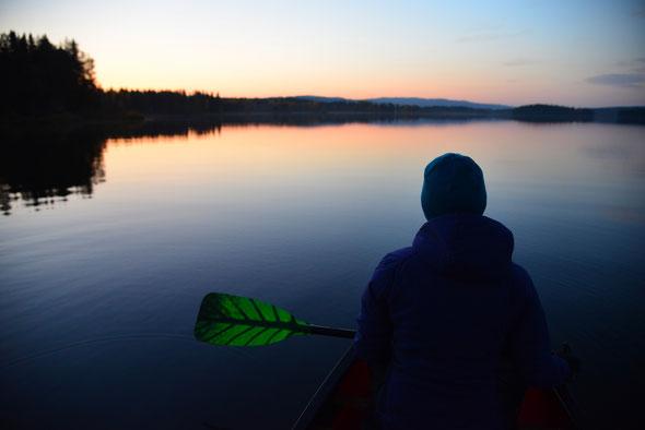 Herbstliche Abendstimmung am Bellvikssjön - absolute Ruhe und traumhaftes Licht!