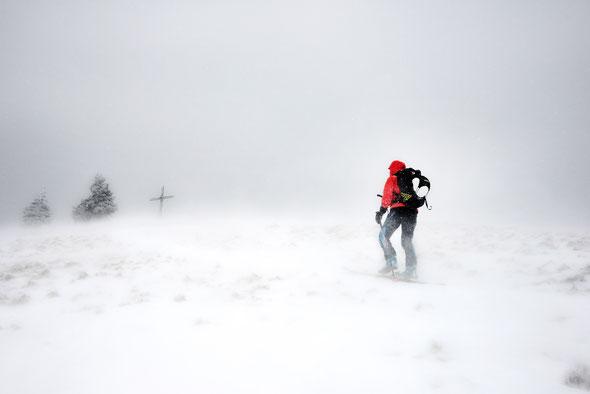 A bissal zugig wars scho! Die letzten paar Meter zum Gipfel der Reutter Wanne.