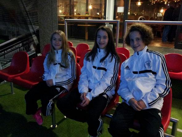 von links nach rechts: Lea-Marie, Leonie, Anna       (Foto: Völker)