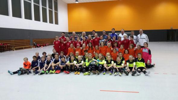 Alle Teams der Vergleichsspiele in Kaiserau: Rheinhessen, Bremen, Westfalen, Hessen (Foto: Völker)