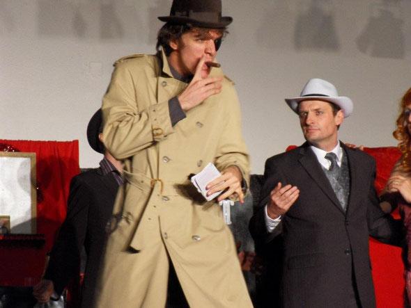 """Photo de la pièce """"Le Cabaret de la Rose Rouge"""", prise à Saramon, le samedi 15 octobre 2011"""