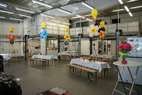 Mr. Balloni.ch, Heliumballon, Helium,Raumdeko,Dekoration,Tischdeko, Firma, Betrieb ,Autohaus, Ausstellung