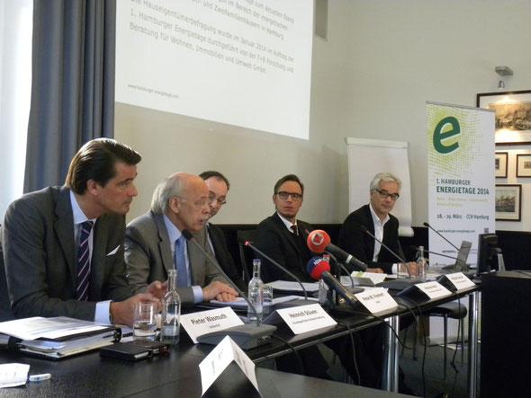 Presssekonferenz der 1. Hamburger Energietage: P. Wasmuth, H. Stüven, P. Friemert, A. Aksif, R. Keuchel (v.l.)
