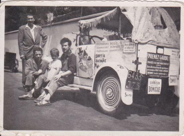 En 1951, devant l'usine Somaco à Boulogne Billancourt