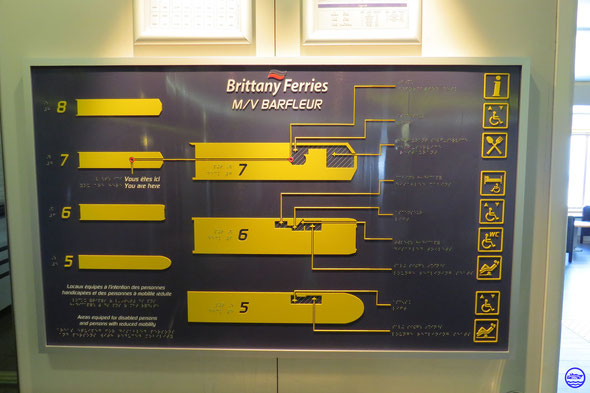 Plan en braille disponible à la réception de Barfleur (© lebateaublog 2014)