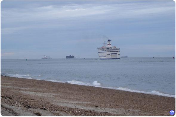 Bretagne & Normandie vu de Southsea en début de soirée (© lebateaublog 2012)
