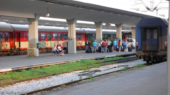 Zug 604 Athina - Alexandrupoli in Thessaloniki (10. Juni 2007)