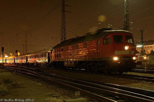 Einfahrt des VSOE in Nürnberg Hbf mit Zuglok 232 426-7 (ex. DR 132 426-8) ab Furth im Wald bis Nürnberg Hbf