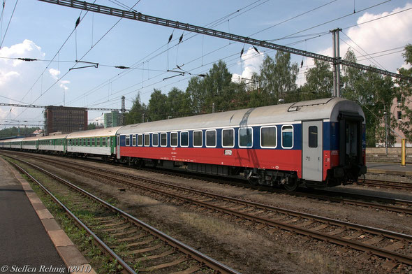 "RZD Schlafwagen WLABmee 622071-90 274-7 Moskva - Cheb am R 606 ""OHRE"" in Cheb (21. Mai 2011)"