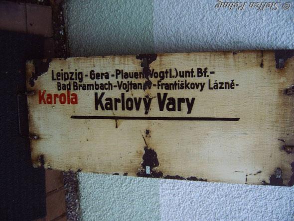 """DR - D 460/461 """"KAROLA""""  nur Samstag verkehrte dieser Zug über die Elstertalbahn (1981)"""