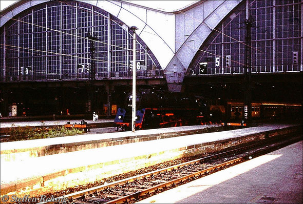 BR 01.5 am P 3023 Leipzig - Gera - Saalfeld in Leipzig Hbf (1980)